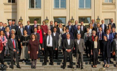 AG Orte der Demokratiegeschichte zu Besuch auf Schloss Bellevue